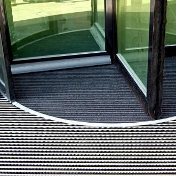 Alutrend rotary door